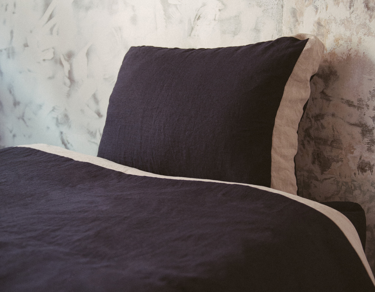 NEW LINEN DUVET COVER SET_NAVY/NATURAL