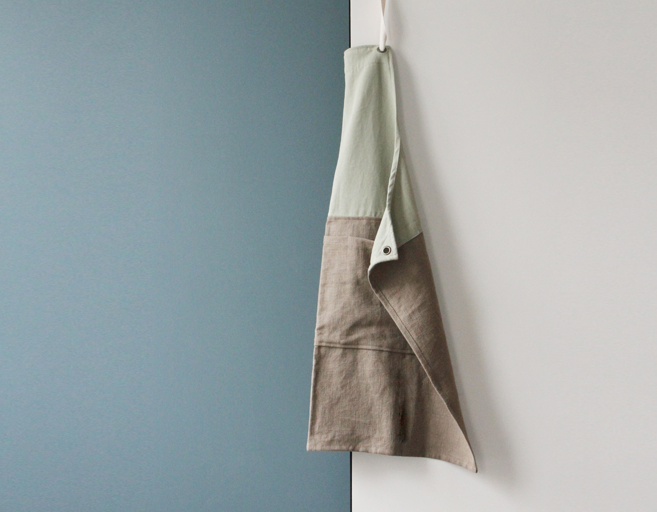 COLOR BLOCK APRON_Mint/Khaki